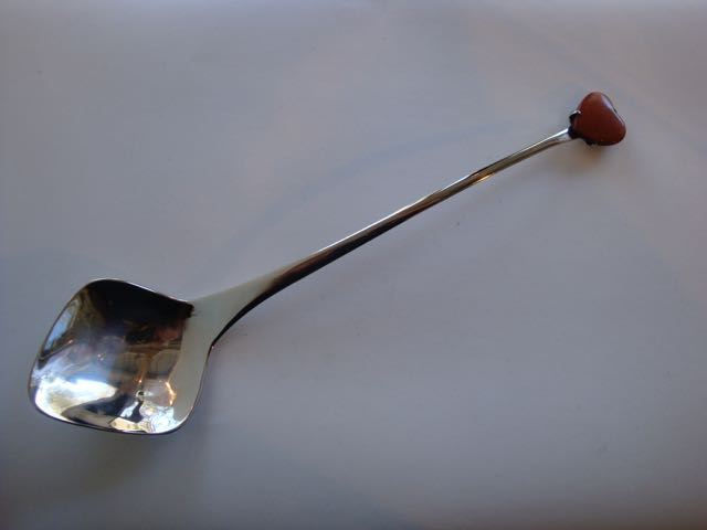 Spoon for condiments, stainless steel and Carnelian
