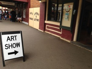 Look for these signs ! this one in Maldon, Vic